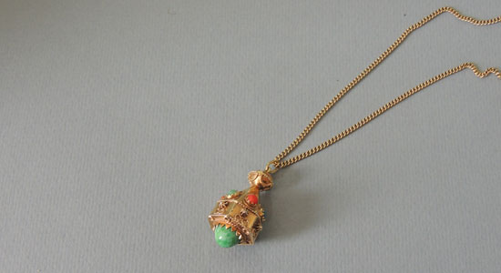 necklace-jewelery